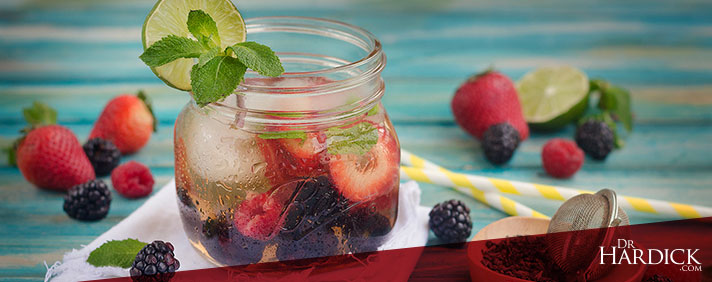 All-Natural Berry Iced Tea Recipe