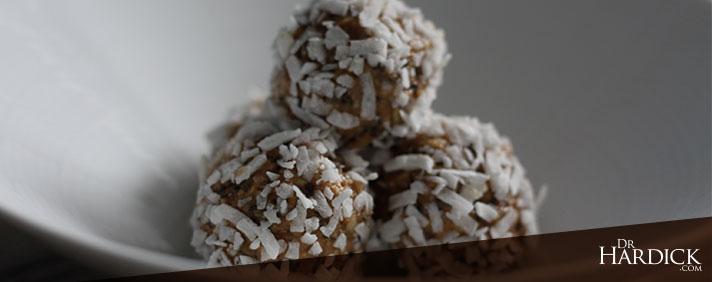Nutbutter Snow Balls